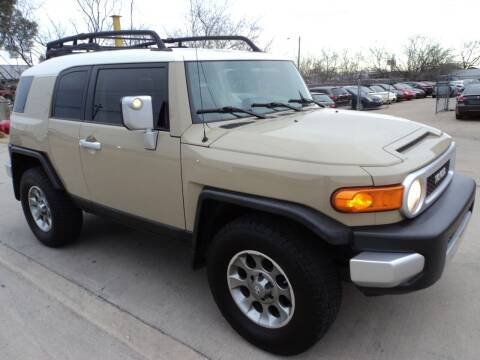 2013 Toyota FJ Cruiser for sale at SPORT CITY MOTORS in Dallas TX