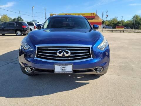2013 Infiniti FX37 for sale at JJ Auto Sales LLC in Haltom City TX