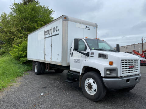 2004 GMC C7500 for sale at COLONIAL MOTORS in Branchburg NJ