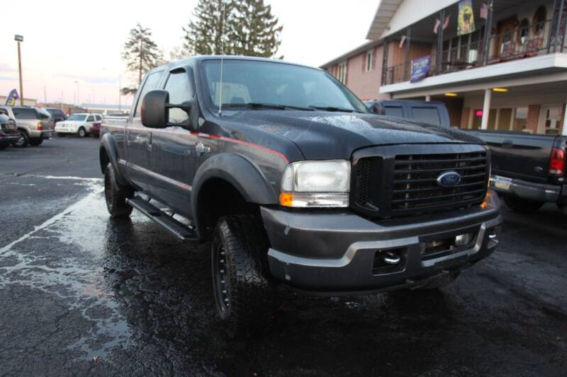 2004 Ford F-350 Super Duty for sale at Rine's Auto Sales in Mifflinburg PA