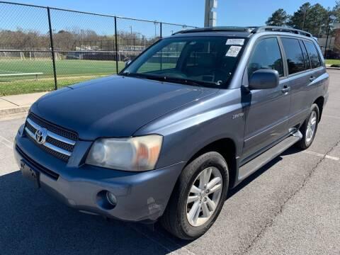2006 Toyota Highlander Hybrid for sale at Diana Rico LLC in Dalton GA
