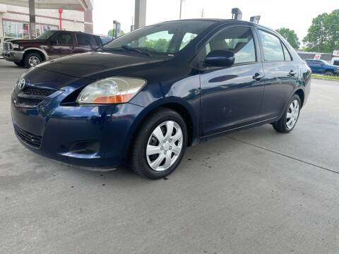 2007 Toyota Yaris for sale at JE Auto Sales LLC in Indianapolis IN