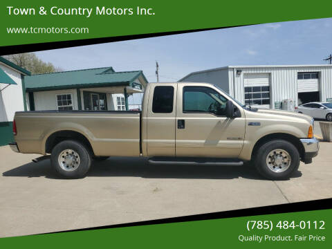 2001 Ford F-250 Super Duty for sale at Town & Country Motors Inc. in Meriden KS