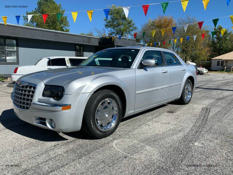 2005 Chrysler 300 for sale at Dobbs Motor Company in Springdale AR