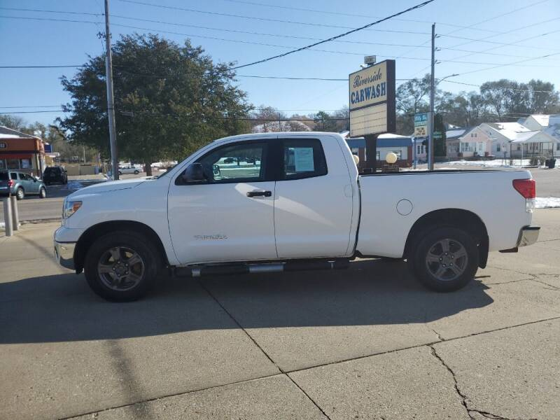 2011 Toyota Tundra for sale at RIVERSIDE AUTO SALES in Sioux City IA
