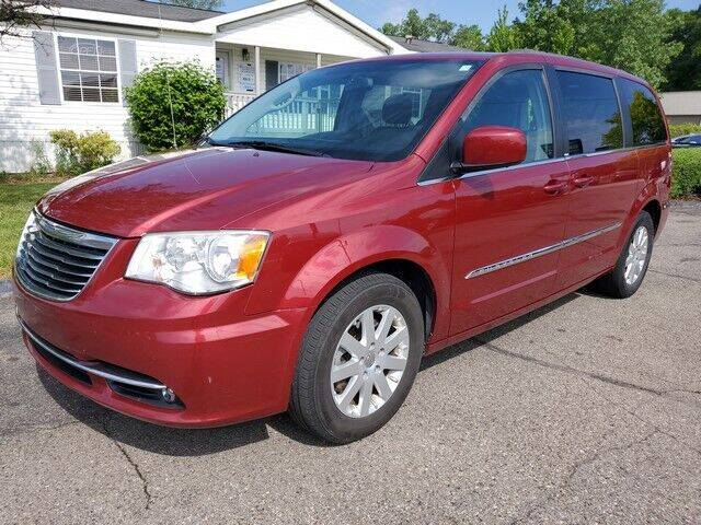 2014 Chrysler Town and Country for sale at Paramount Motors in Taylor MI
