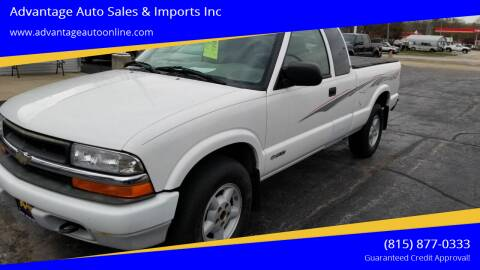 2000 Chevrolet S-10 for sale at Advantage Auto Sales & Imports Inc in Loves Park IL