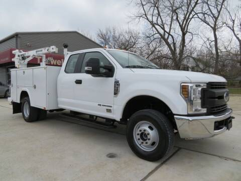 2018 Ford F-350 Super Duty for sale at TIDWELL MOTOR in Houston TX