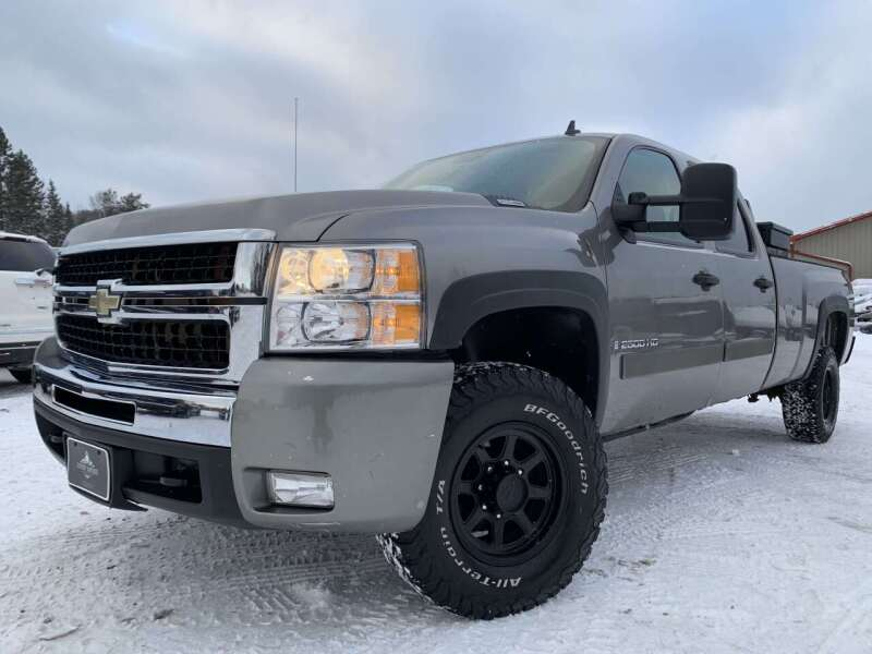 2007 Chevrolet Silverado 2500HD for sale at LUXURY IMPORTS in Hermantown MN