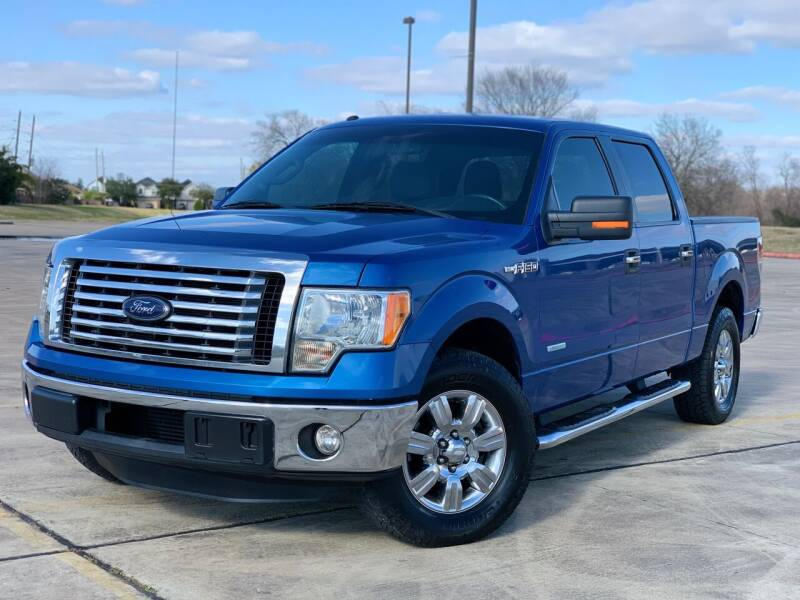 2012 Ford F-150 for sale at AUTO DIRECT Bellaire in Houston TX