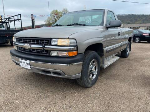 1999 Chevrolet Silverado 1500 for sale at Toy Box Auto Sales LLC in La Crosse WI