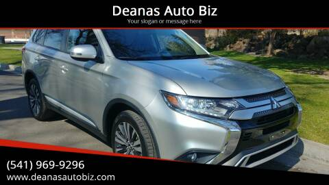2019 Mitsubishi Outlander for sale at Deanas Auto Biz in Pendleton OR