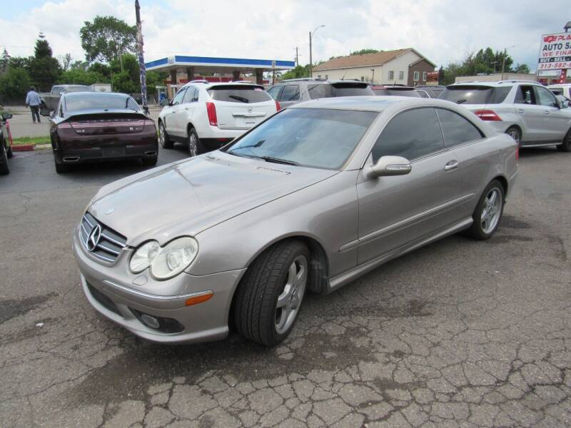 2003 Mercedes-Benz CLK for sale at PLATINUM AUTO SALES in Dearborn MI