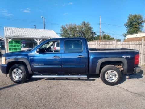 2009 Chevrolet Silverado 1500 for sale at Auto Pro Inc in Fort Wayne IN