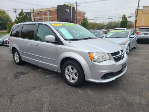 2012 Dodge Grand Caravan for sale at Costas Auto Gallery in Rahway NJ