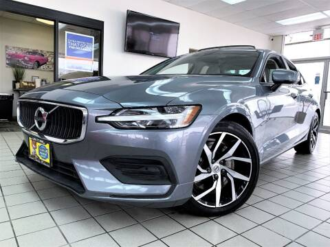 2020 Volvo S60 for sale at SAINT CHARLES MOTORCARS in Saint Charles IL