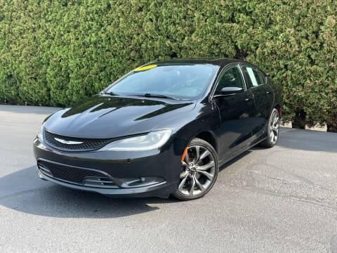 2015 Chrysler 200 for sale at Yaktown Motors in Union Gap WA