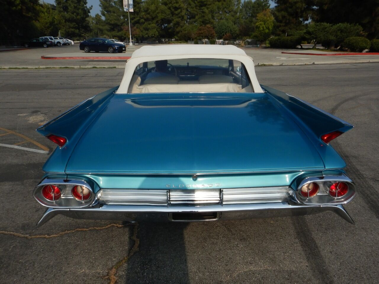1961 Cadillac Eldorado Biarritz 21