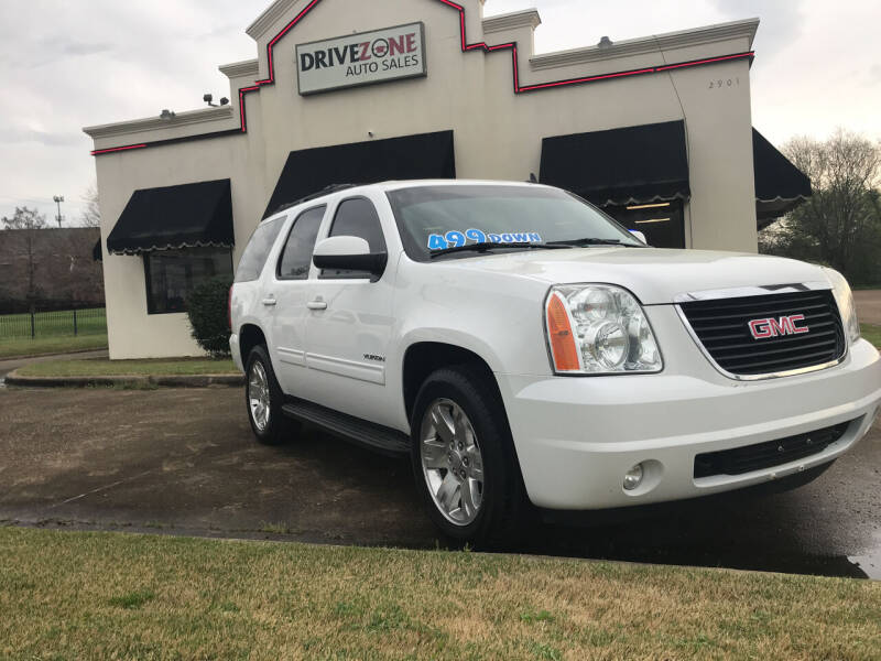 2013 GMC Yukon for sale at DRIVE ZONE AUTOS in Montgomery AL