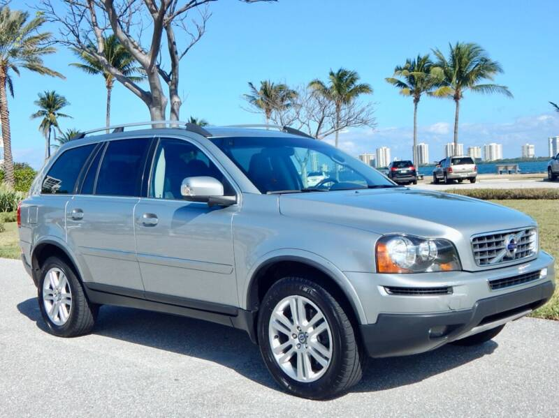 2011 Volvo XC90 for sale at VE Auto Gallery LLC in Lake Park FL