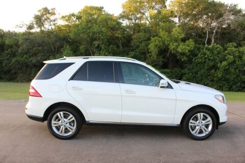 Mercedes-Benz M-Class for sale at Clear Lake Auto World in League City TX