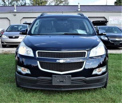 2010 Chevrolet Traverse for sale at PINNACLE ROAD AUTOMOTIVE LLC in Moraine OH