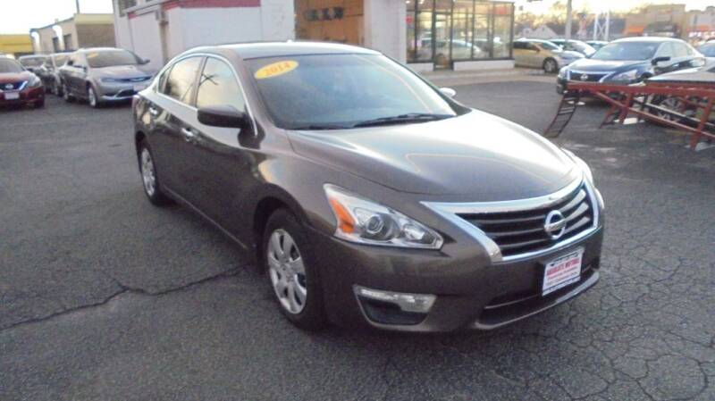 2014 Nissan Altima for sale at Absolute Motors in Hammond IN