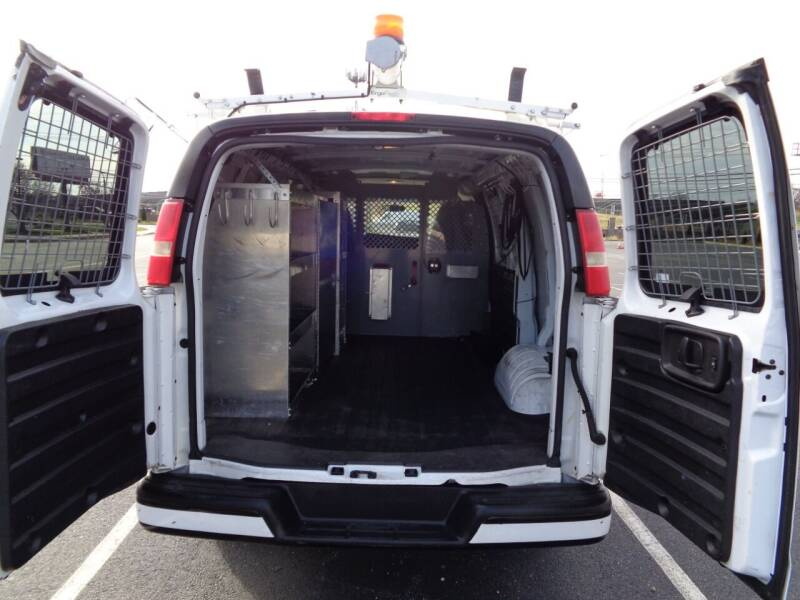 2011 Chevrolet Express Cargo 1500 3dr Cargo Van - Palmyra NJ