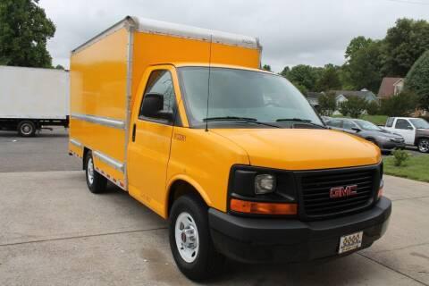 2015 GMC Savana Cutaway for sale at KEEN AUTOMOTIVE in Clarksville TN