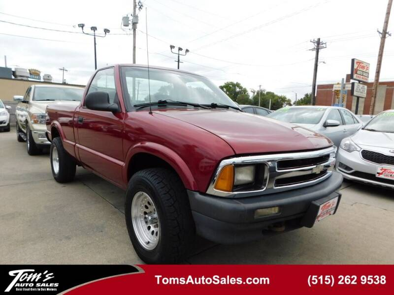 1997 Chevrolet S-10 for sale in Des Moines, IA