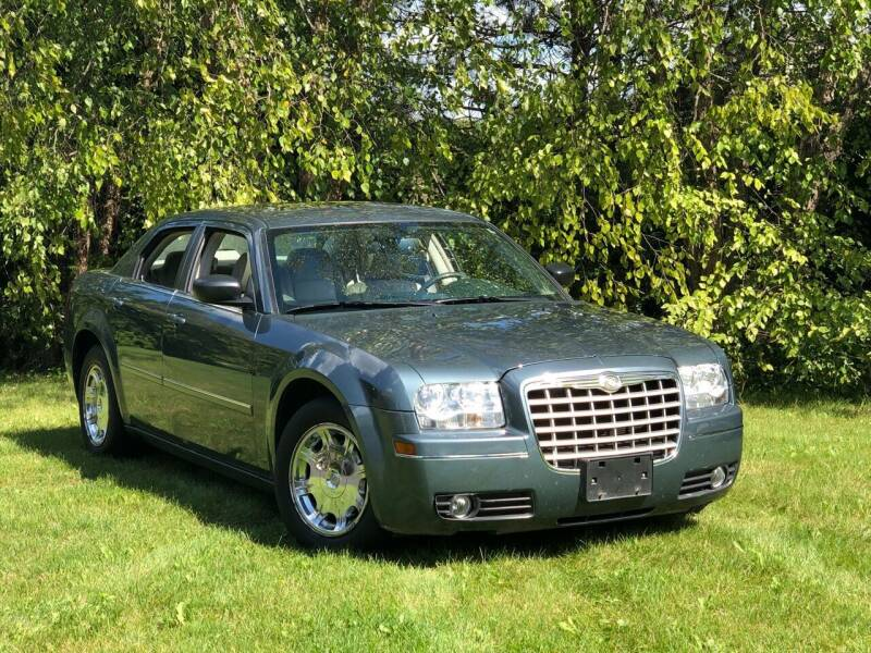 2006 Chrysler 300 for sale at MGM CLASSIC CARS in Addison, IL