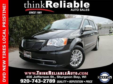 2015 Chrysler Town and Country for sale at RELIABLE AUTOMOBILE SALES, INC in Sturgeon Bay WI