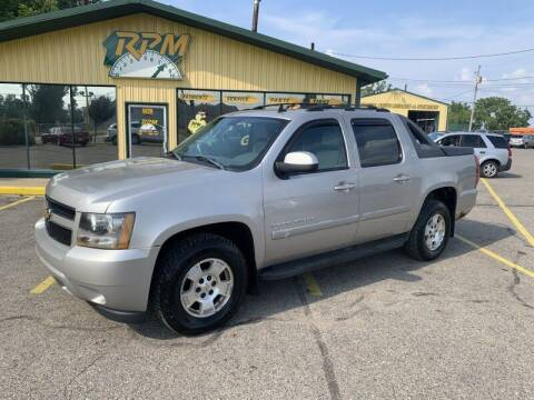 2007 Chevrolet Avalanche for sale at RPM AUTO SALES in Lansing MI