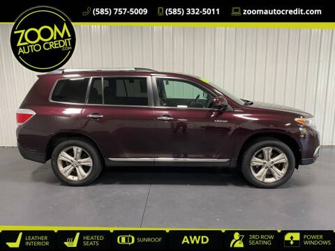2012 Toyota Highlander for sale at ZoomAutoCredit.com in Elba NY
