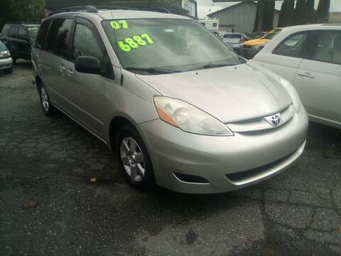 2007 Toyota Sienna for sale at Payless Car & Truck Sales in Mount Vernon WA