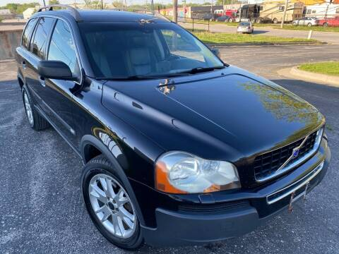 2004 Volvo XC90 for sale at Supreme Auto Gallery LLC in Kansas City MO