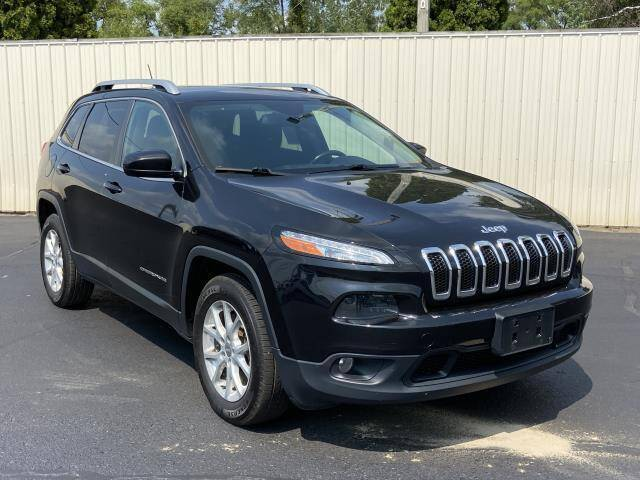 2015 Jeep Cherokee for sale at Miller Auto Sales in Saint Louis MI