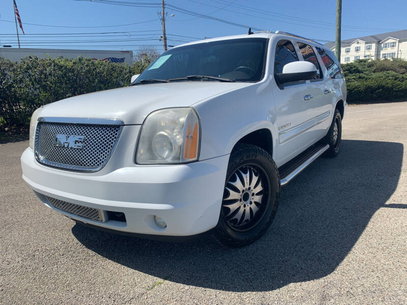 2008 GMC Yukon XL for sale at Craven Cars in Louisville KY