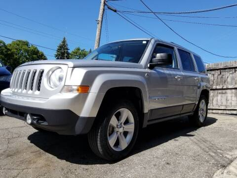 2011 Jeep Patriot for sale at DALE'S AUTO INC in Mt Clemens MI