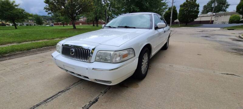 2007 Mercury Grand Marquis for sale at World Automotive in Euclid OH