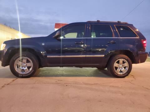 2005 Jeep Grand Cherokee for sale at Dakota Auto Inc. in Dakota City NE