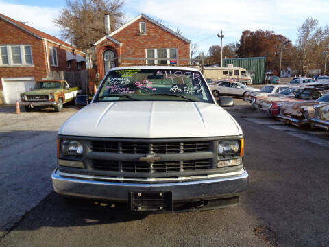 1998 Chevrolet C/K 2500 Series for sale at Kneezle Auto Sales in Saint Louis MO
