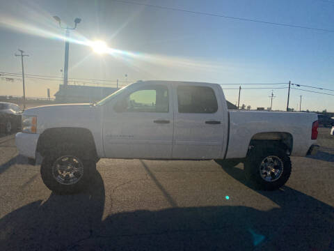 2009 Chevrolet Silverado 1500 for sale at First Choice Auto Sales in Bakersfield CA