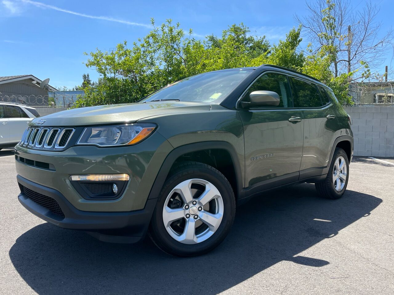 Pre-Owned 2018 Jeep Compass Latitude Sport Utility 4D Four Wheel Drive SUV