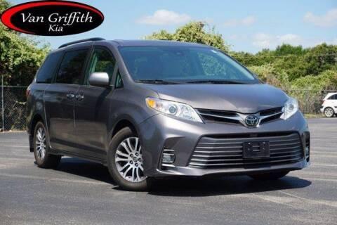 2018 Toyota Sienna for sale at Van Griffith Kia Granbury in Granbury TX