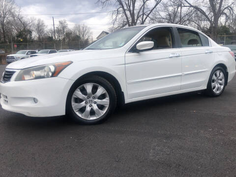 2010 Honda Accord for sale at Beckham's Used Cars in Milledgeville GA