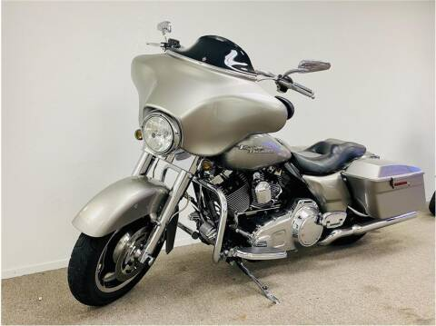 2009 Harley Davidson Street Glide for sale at KARS R US in Modesto CA