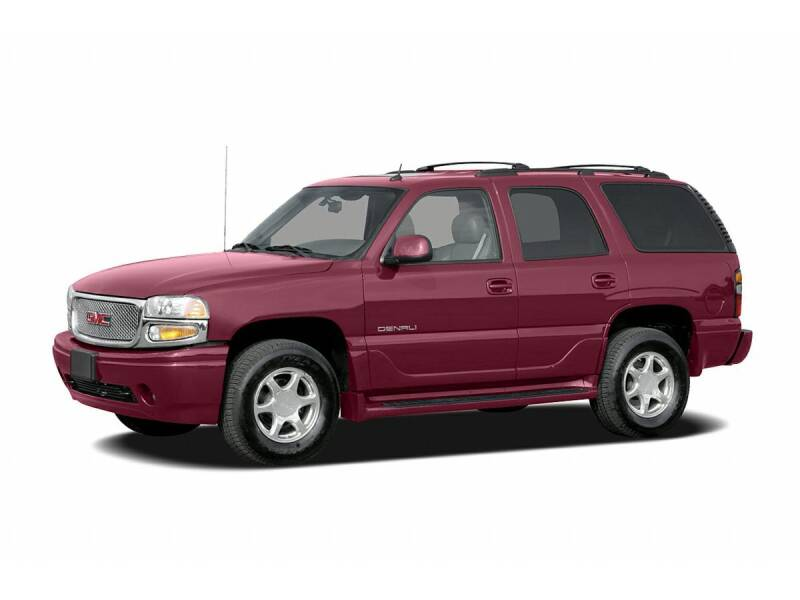 2006 GMC Yukon for sale at St. Croix Classics in Lakeland MN