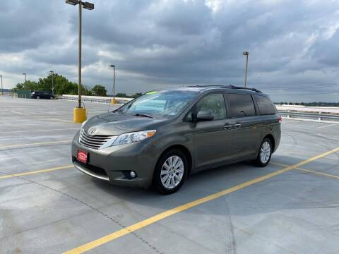 2012 Toyota Sienna for sale at JG Auto Sales in North Bergen NJ