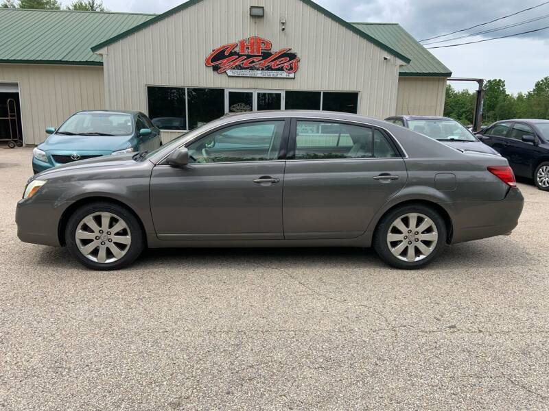 2006 Toyota Avalon for sale at HP AUTO SALES in Berwick ME